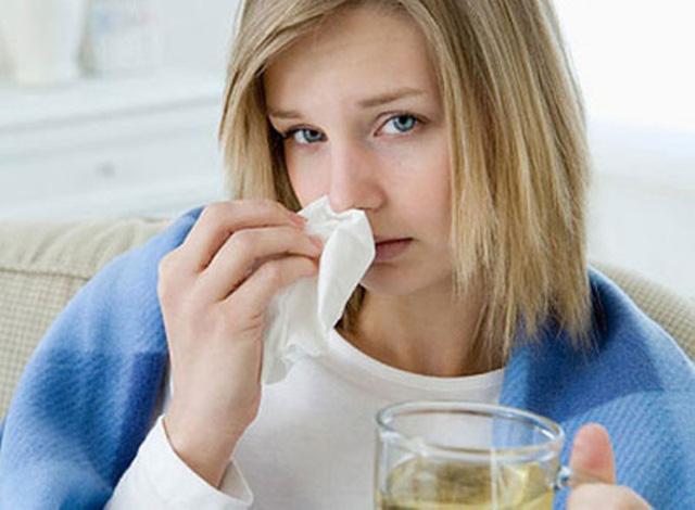 Tình trạng nghẹt và tắc mũi luôn gây nên những mệt mỏi cho người bệnh