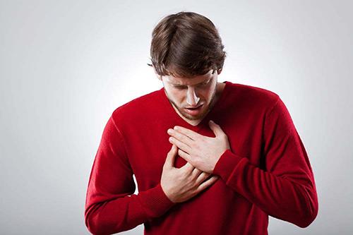 Khó thở cũng là một biểu hiện bệnh viêm xoang mũi đáng gờm