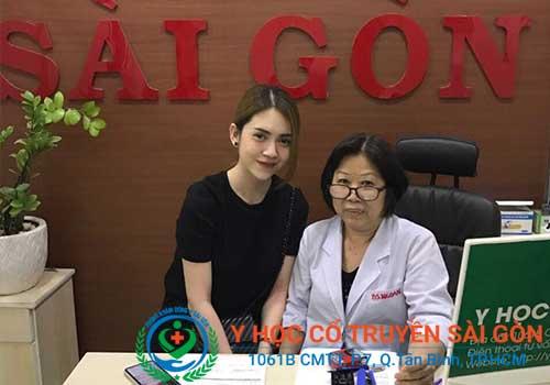 Ca sĩ Mỹ Lan điều trị tại PK YHCT Sài Gòn