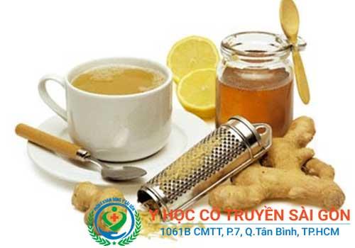 Bài thuốc nam chữa bệnh rối loạn tiêu hóa bằng mật ong, riềng, chanh