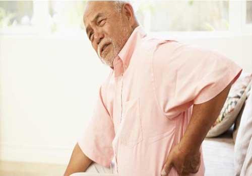 Tuổi càng cao càng có nguy cơ bị đau thần kinh tọa