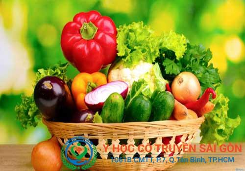 Bị bệnh chàm nên ăn nhiều hoa quả, rau xanh