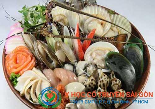 Bị bệnh chàm nên kiêng hải sản