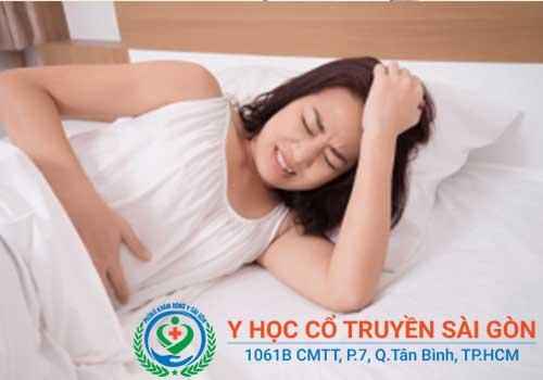 Đau bụng, chậm kinh, kinh nguyệt bất thường là dấu hiệu của rối loạn kinh nguyệt