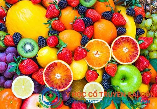 Người bị bệnh tổ đỉa nên ăn nhiều hoa quả chữa Vitamin A, C