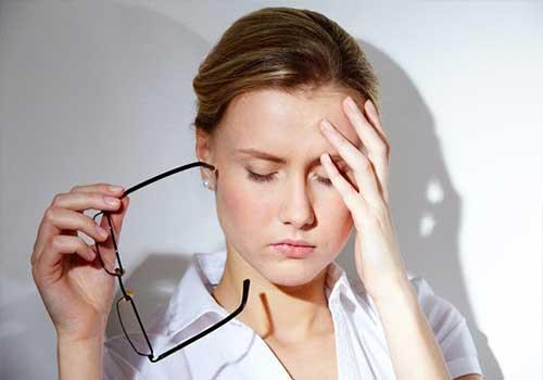 Bị mất ngủ khiến cơ thể luôn mệt mỏi, rất nguy hiểm cho sức khỏe
