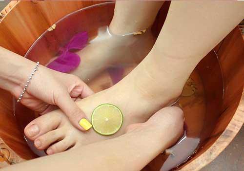 Cách điều trị và chữa bệnh nấm kẽ chân bằng thuốc Đông y