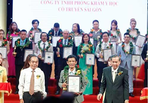 Phòng khám Y học Cổ truyền Sài Gòn được vinh danh trong TOP 10 thương hiệu dẫn đầu TPHCM