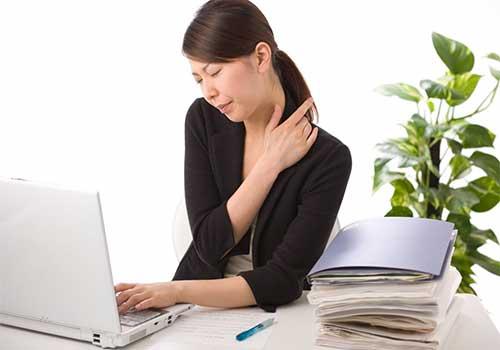 Chữa đau vai gáy cổ bằng thuốc Đông y có hiệu quả không?
