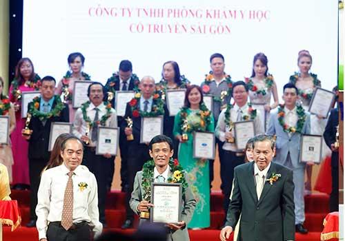 Phòng khám Y học Cổ truyền TPHCM - Đơn vị nhận được giải thưởng cấp quốc gia về khám và điều trị sùi mào gà
