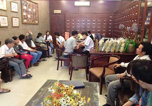 Lượng bệnh nhân đến khám và chữa bệnh chàm ở Phòng khám Y học cổ truyền Sài Gòn