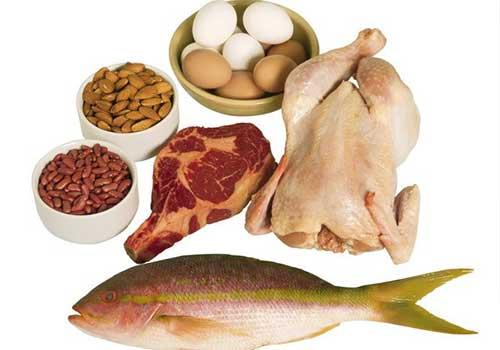 Hạn chế sử dụng những thực phẩm giàu đạm để tăng hiệu quả điều trị bệnh gút bằng thuốc Đông y
