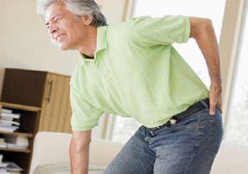 Nguyên nhân và dấu hiệu của bệnh thoái hóa khớp háng người lớn