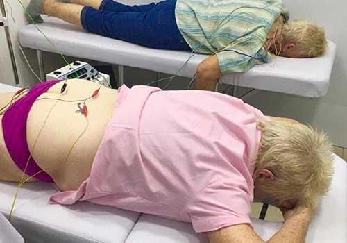 Điều trị đau khớp háng tại Phòng khám Y học Cổ truyền Sài Gòn hiệu quả, tiết kiệm chi phí