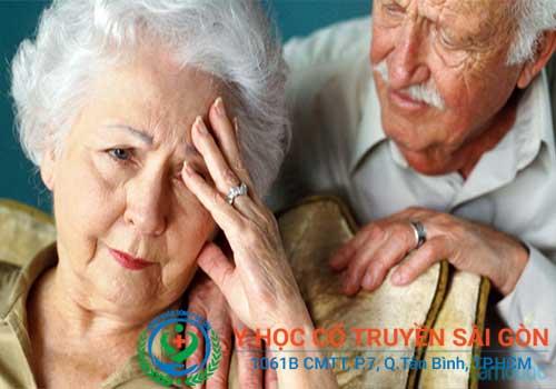 Suy nhược cơ thể thường gặp ở người già