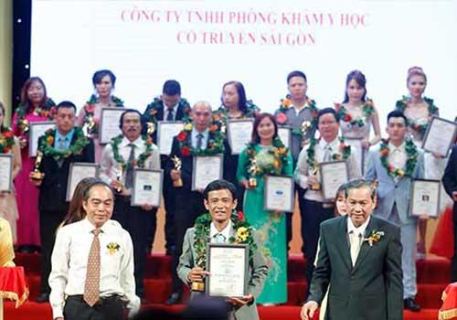 Phòng khám Y học cổ truyền Sài Gòn vinh dự nhận bằng khen Thương Hiệu Dẫn Đầu