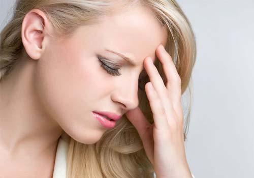Triệu chứng và nguyên nhân bệnh đau đầu kéo dài thường xuyên 1