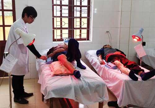 Trung tâm phòng vật lý trị liệu ở đâu tốt TPHCM - Vật lý trị liệu bằng tia hồng ngoại