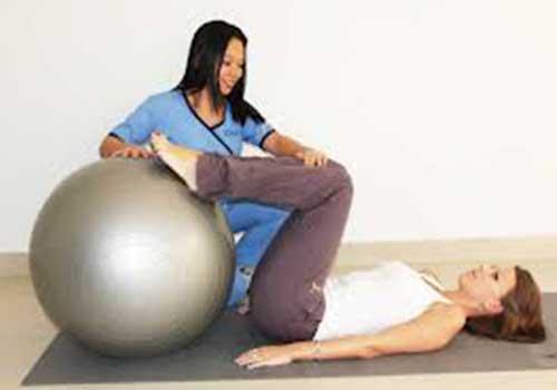 Vật lý trị liệu phục hồi chức năng cho bệnh nhân bị đau khớp gối