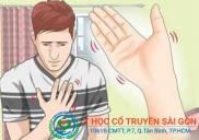 Bệnh chân tay run rẩy là bệnh gì Triệu chứng dấu hiệu nguyên nhân