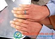 Chân tay lạnh là bệnh gì Nguyên triệu chứng và cách chữa